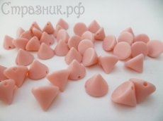 Акриловые розовые шипы 10х8мм